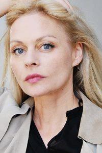 Susanna Simon Portrait